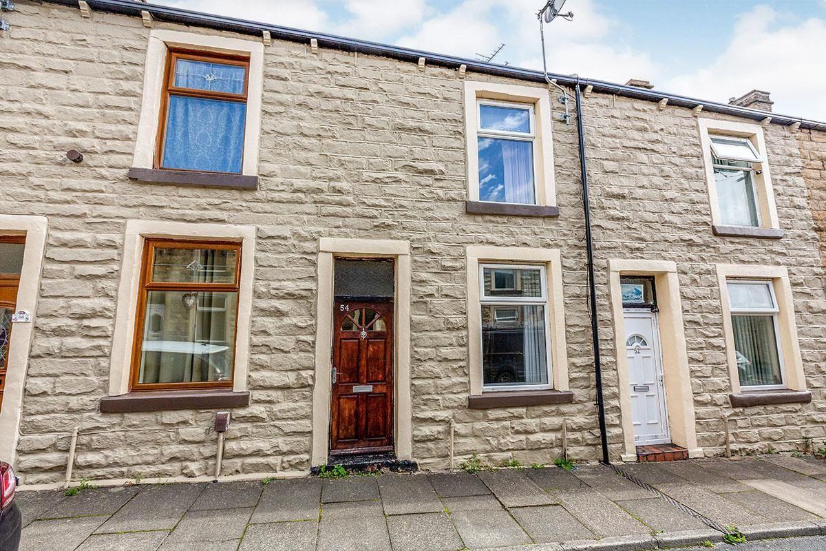 Property photo 1 of 8. External