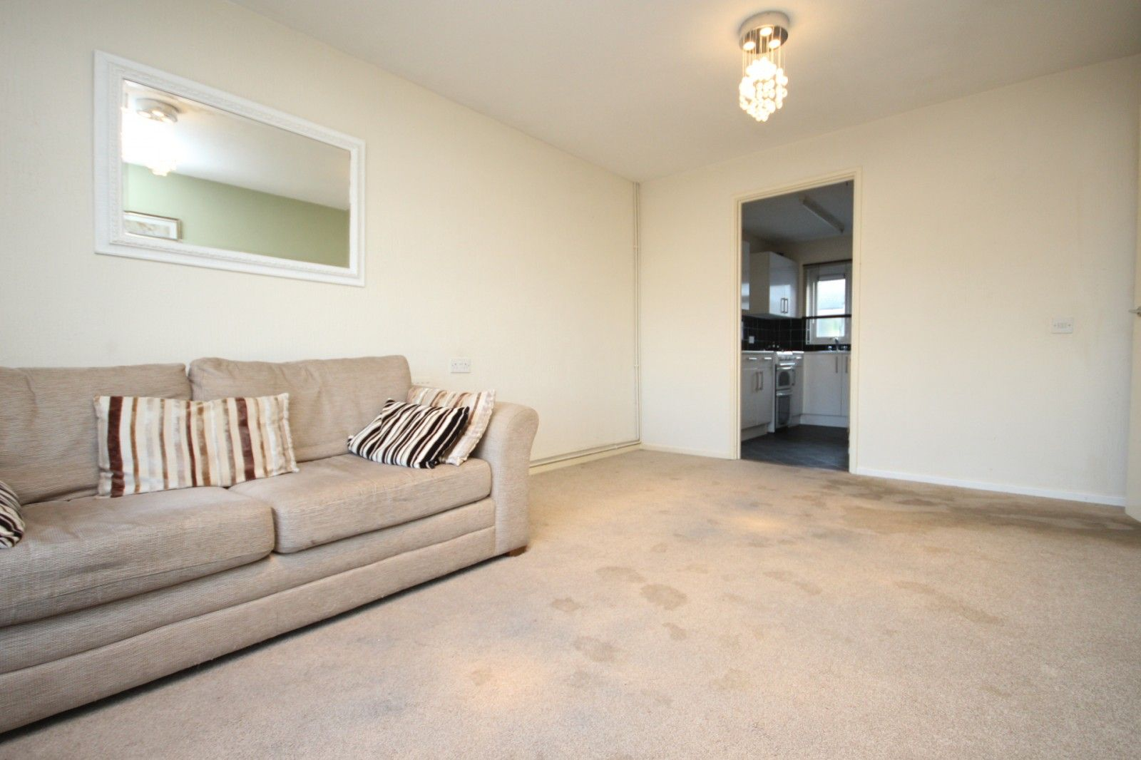 Property photo 1 of 7. Lounge (Main)