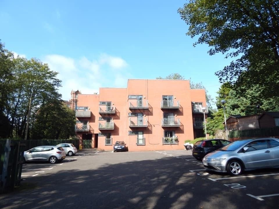 Property photo 1 of 34. Spencers Wood, Bromley Cross