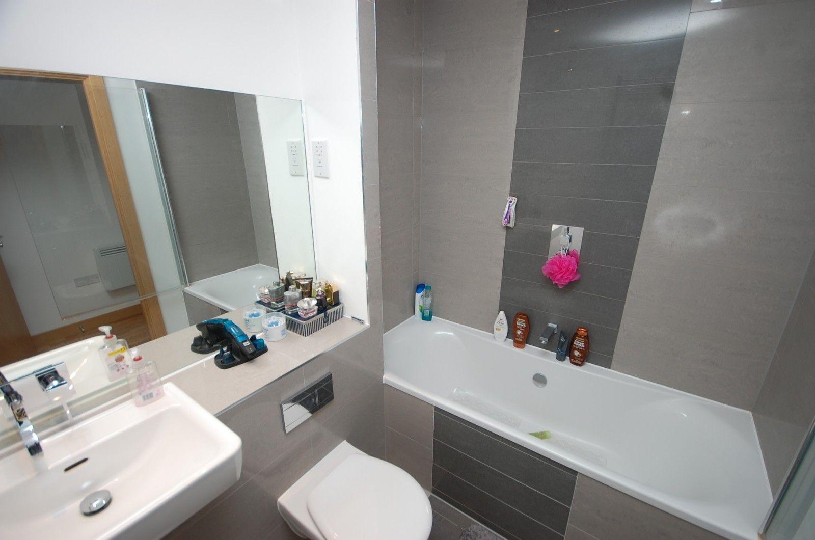 Property photo 1 of 7. Bathroom (Main)