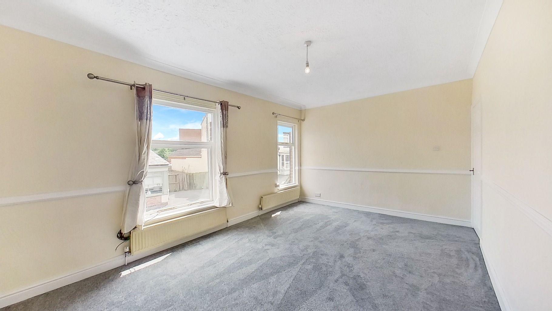 Property photo 1 of 6. Top-Floor-41-Alexandra-Road-07132021_141653