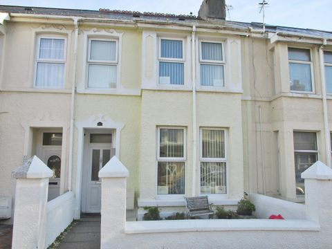 Property photo 1 of 6. Suffolk Place, Porthcawl CF36