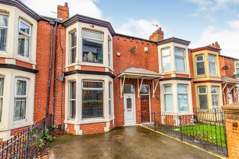 Property photo 1 of 12. Marton Road, Middlesbrough TS4
