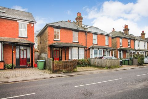 Property photo 1 of 13. Walton Road, East Molesey KT8