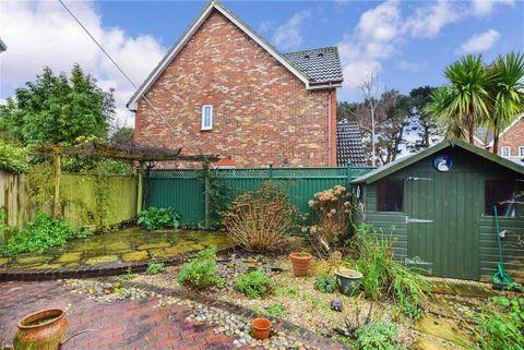 Property photo 1 of 13. Rear Garden of Harebell Close, Littlehampton, West Sussex BN17