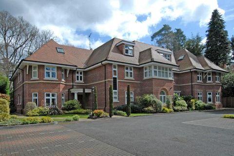Property photo 1 of 16. Main Photo of Camberley, Surrey GU15