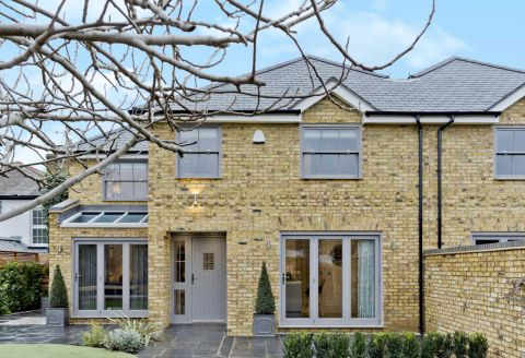 Property photo 1 of 16. Figtree Cottage, High Street, Thames Ditton KT7