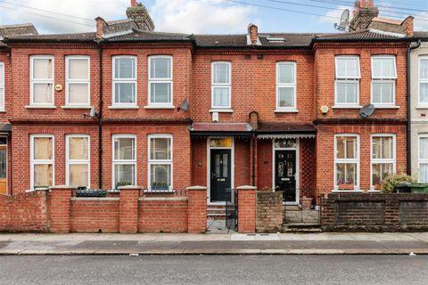Property photo 1 of 11. Front of Torridon Road, London SE6