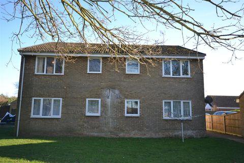 Property photo 1 of 8. Hadley Crescent, Heacham, King's Lynn PE31