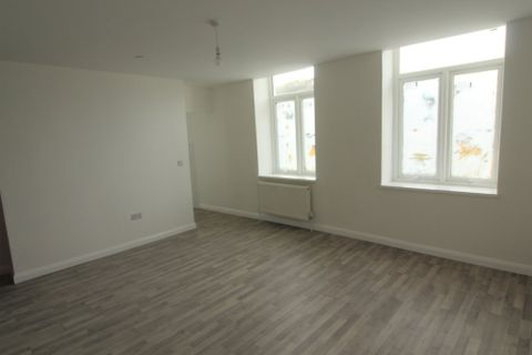 Property photo 1 of 8. Llantrisant Road, Graig, Pontypridd CF37